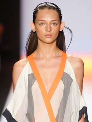 Hairstyle Trend S/S12 catwalks 2012: Slicked Back - BCBG S/S12 show
