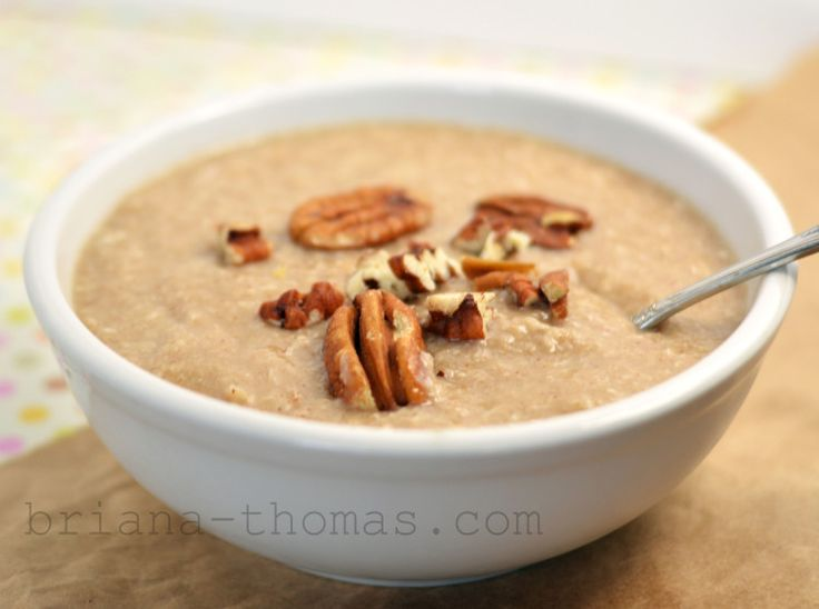 This Butter Pecan Breakfast Porridge is THM:S, low carb, sugar free, and gluten/peanut free.