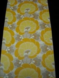 geel grijze bloem - Funky Walls - Dé webshop voor vintage en modern behang