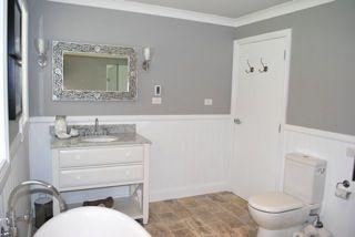Dulux silkwort rooms i like pinterest the o 39 jays and for Dulux bathroom ideas