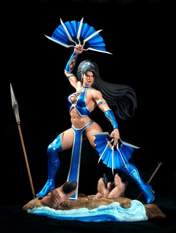 [POP CULTURE SHOCK] Mortal Kombat: Kitana Statue