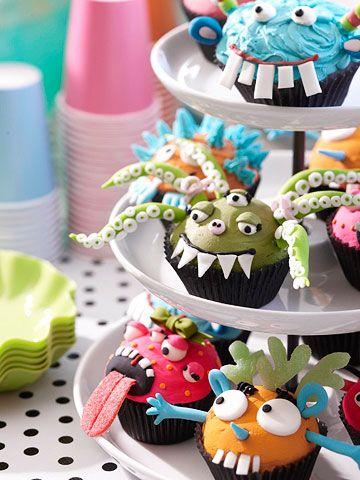 monster cupcakes: Monsters Cakes, Monsters Cupcake, Birthday Parties, Monsters Parties, 1St Birthday, Parties Ideas, Halloween Cupcake, Monsters Theme, Cups Cakes