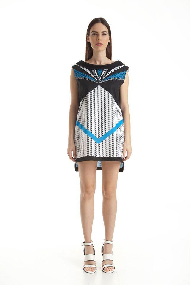 #DOCA #SS15 Collection Same style different color #Φόρεμα σε μπλε και μαύρο χρώμα με γεωμετρικό τύπωμα και ανοιχτή πλάτη: https://www.doca.gr/el/anoixi-kalokairi-15/rouxa/foremata-ss15/36593-forema-mple-mauro-detail.html
