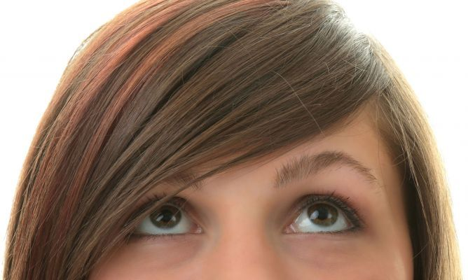 Peinados para disimular frente ancha