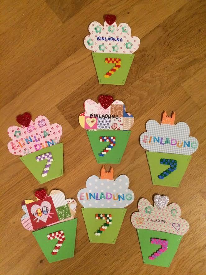 Einladungen Kindergeburtstag Cupcakes, Invitation kids party cupcakes, Uitnodigingen kinderverjaardag cupcakes. 7. Geburtstag, 7th birthday, 7e verjaardag. Strijkkralen, Bügelperlen, string beads.