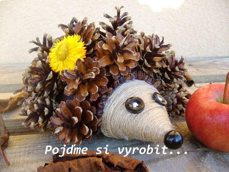ježek - polystyrenová polokoule, šišky, kávová zrna, knoflíky, korálek, z papíru čumák omotaný provázkem
