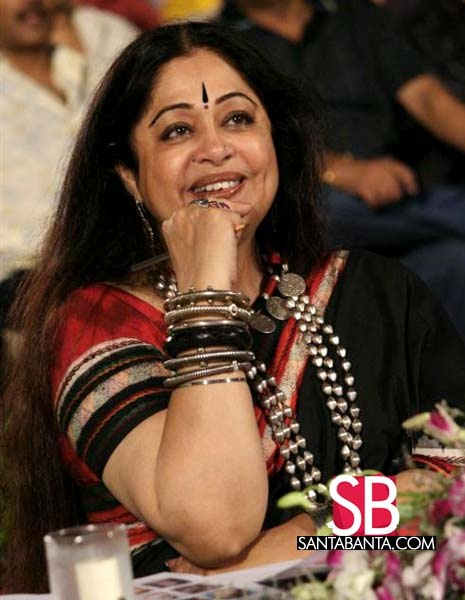 Kirron Kher when she always kept her hair loose and wore only Indian ethnic silver jewellery. Description by Pinner Mahua Roy Chowdhury