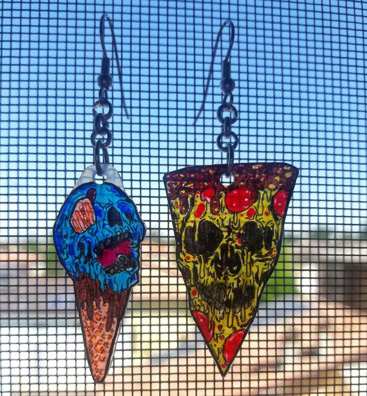 Ice cream & pizza earrings - Shrinking  plastic  made by AndressA ObsidiaN preferito personale dal mio negozio Etsy https://www.etsy.com/it/listing/551912293/riduzione-plastica-cono-gelato-zombie