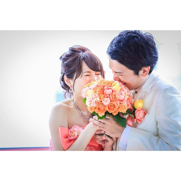 ウェディングフォトを撮るときの可愛いポーズまとめ|結婚式前撮り | marry[マリー]