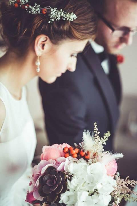 W Walentynkowym konkursie możecie wygrać przepiękny, wymarzony bukiet ślubny i butonierkę do kompletu od Rock&Flowers! http://powiedzmytak.pl/artykul/konkurs-walentynkowy/