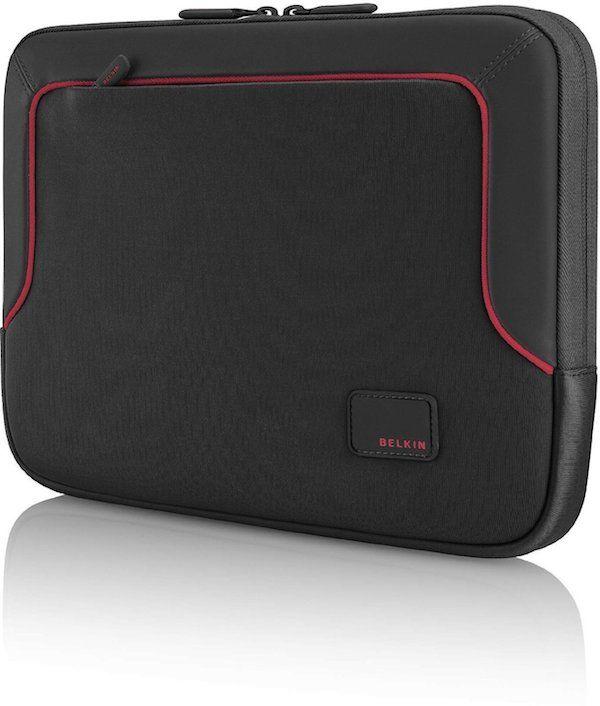 """Puzdro na notebook 17,3"""" - Sleeve - Ochranné púzdro pre notebooky s uhlopriečkou do 17.3"""" Čierna farba s červeným lemovaním. Štíhly design, vodeodolný a odolný voči poškriabaniu materiál. Špeciálne navrhnuté pre notebooky Dell. Možnosť použiť s akýmkoľvek notebookom od 15,6 do 17,3"""". Rozmery: 43x29cm, hmotnosť 440 gramov."""