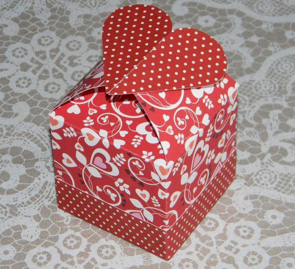 Boîte cube avec cœur (emballage cadeau) // heart box // valentine's day