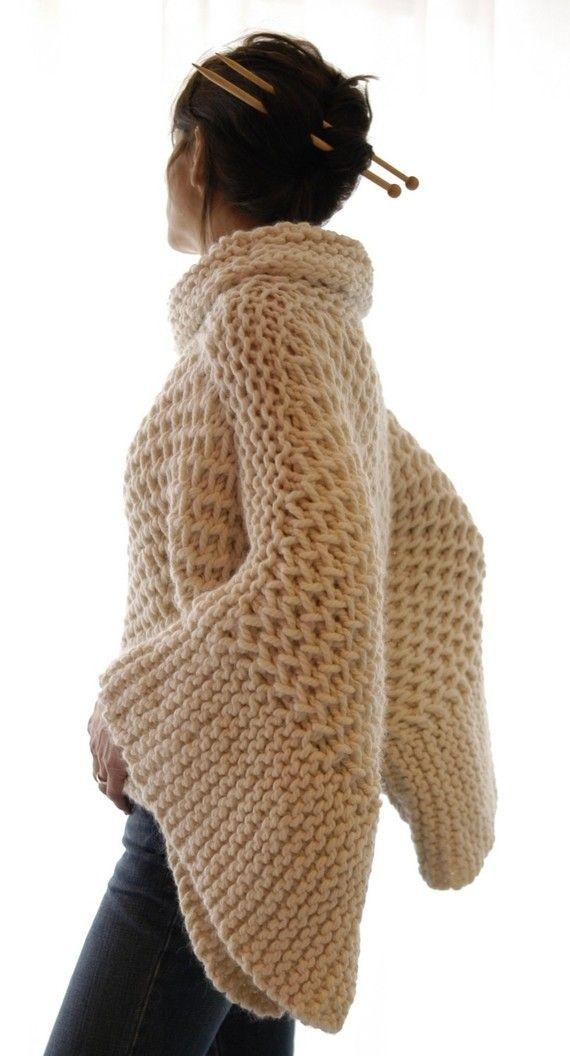 sweater crudo, calado, elegante y abrigado.