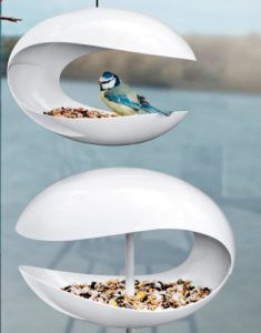 Cool Modern Bird Feeders! Here's a list of several of the best contemporary bird feeders available. Gorgeous and fun!