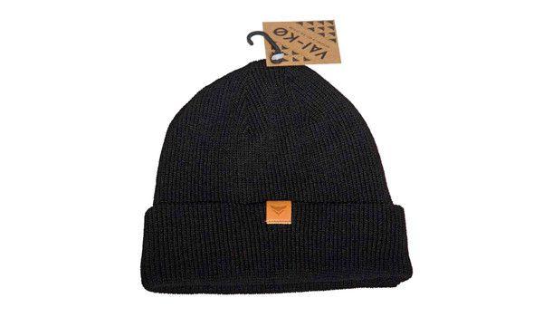 Urban Fisherman beanie black. 100% merino wool.