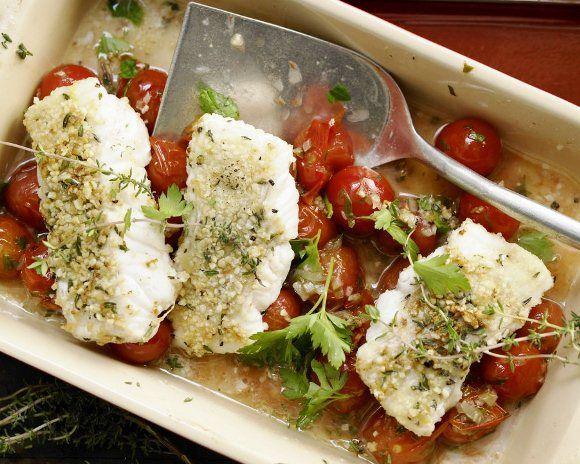 Рыбное филе запеченное с помидорами черри