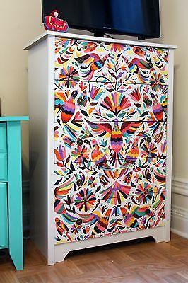Hand-Painted Otomi Mexican-Style Dresser on eBay, inspirado en bordados Otomíes, Mexicanos.
