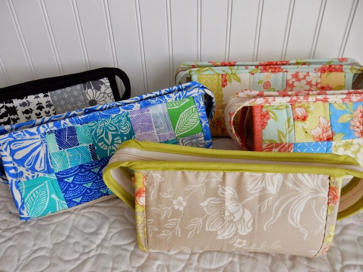 My weekend quilting consisted mostly of finishing up five Sew Together Bags (pattern available...