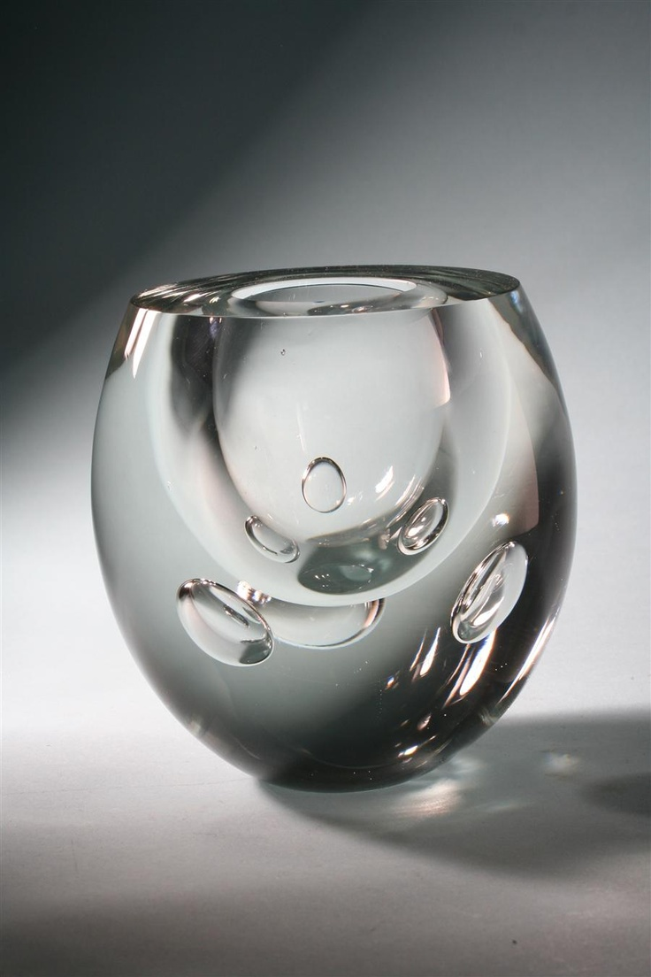 "Vase ""Claritas"". Designed by Timo Sarpaneva for Iitalla, Finland. 1984"