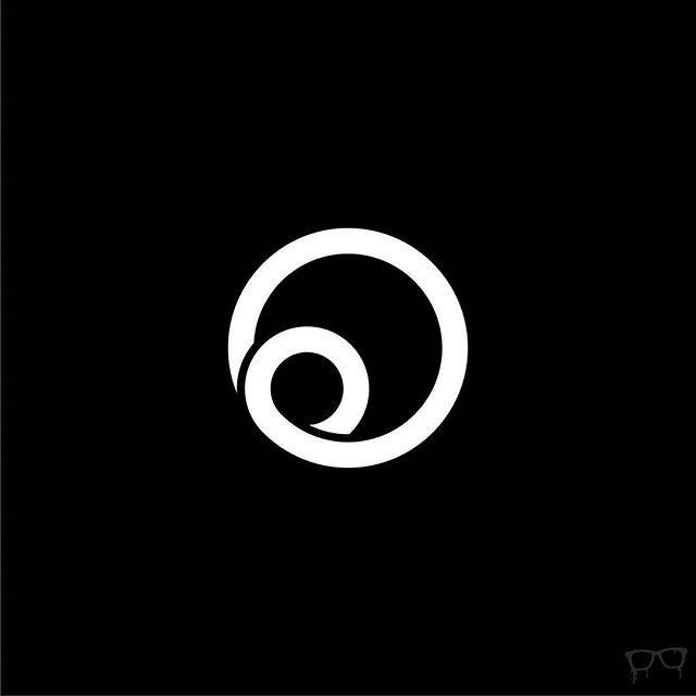 #circle of #love #life #bembureda #graphicdesign #bestoftheday #visforvector #mywork #blackandwhite #endless #coil #graphicroozane #logo #graphidesigncentral #logohunter #new #designarf #beautiful #nofilter #loop #pirategraphic #goodluck #logooftheday