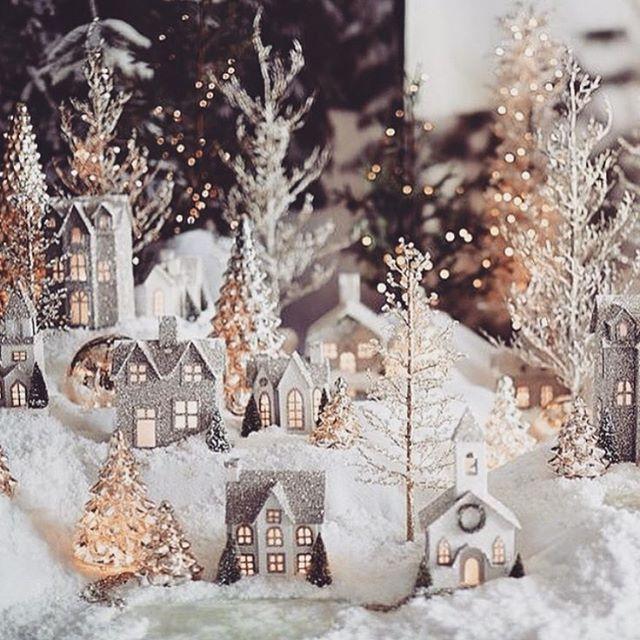 This is just too cute #christmas #christmastree #christmastime #christmaslights #christmaslight #christmasiscoming #candles #candlelight #christmasspirit #xmas #merryxmas #xmastime #xmaslights #lovexmas #xmasiscoming #christmaslove #instachristmas #merrychristmas #christmasdecor #snow #winter #winterwonderland #tinsel #jul #julafton #julpynt #snö #juldekoration #julgran