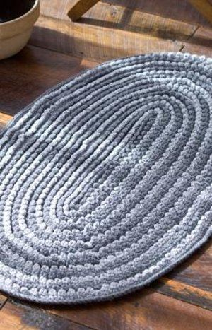 Love this ..... Crochet Infinity Rug: free pattern