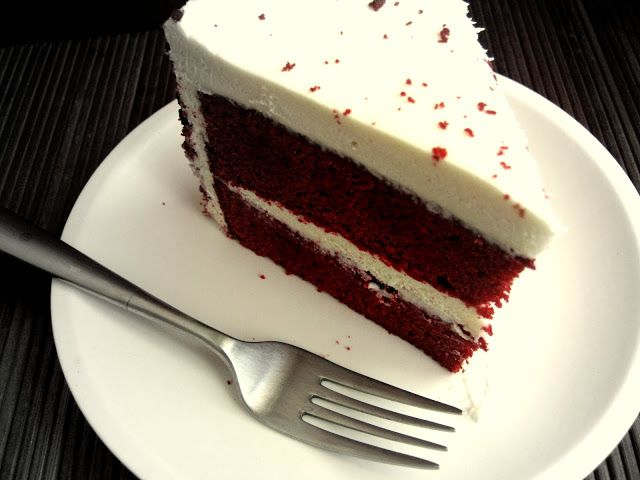 The Inner Gourmet: Celebrating One Year with a Red Velvet Cake