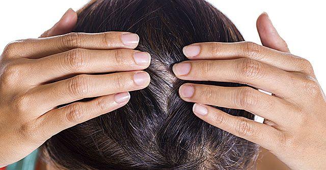 Ősz hajszálak és hajhullás ellen ezt kend a hajadra!