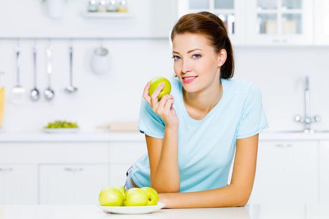 H Δίαιτα με μήλο των 7 ημερών - 7-Day Apple Diet http://www.enter2life.gr/24601-i-diaita-me-milo-ton-7-imeron.html