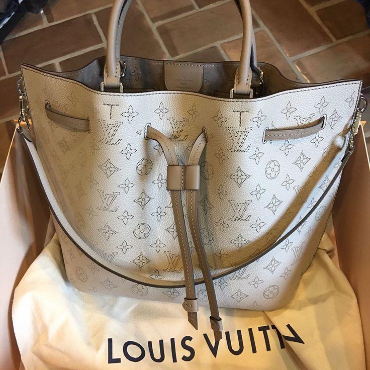 Fashion Trend My New Leather Louis Vuitton Girolata