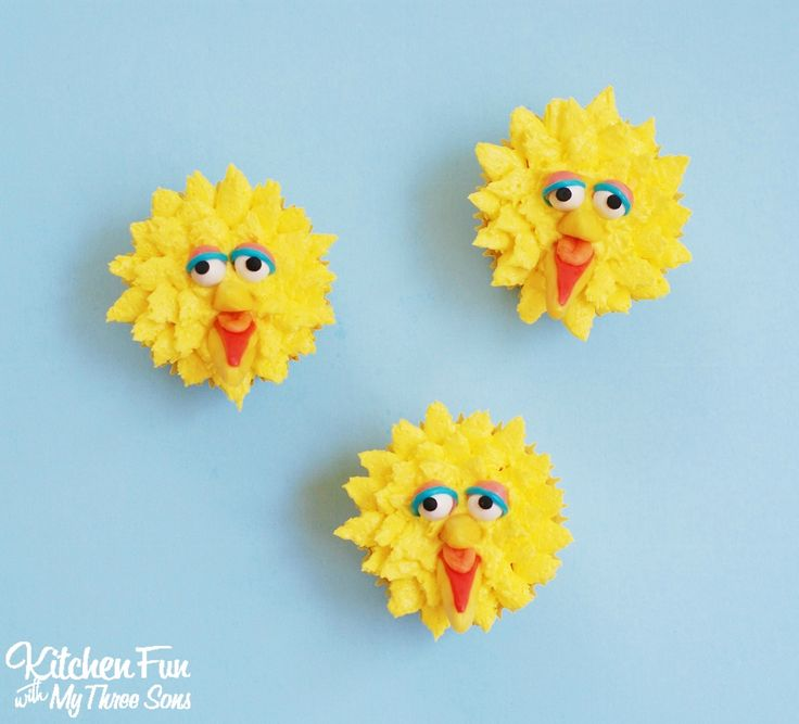 Easy Big Bird Cupcakes for your little Sesame Street fans decorated with Starburst & Sprinkles from KitchenFunWithMy3Sons.com
