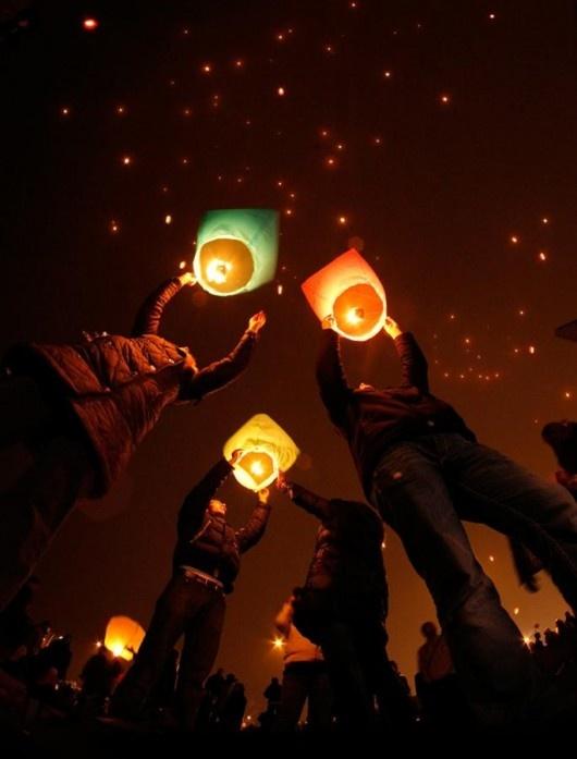 Lanterns.Photos, Lights, Paper Lanterns, Sky Lanterns, Things, Floating Lanterns, Lanterns Festivals, Chine Lanterns, Photography