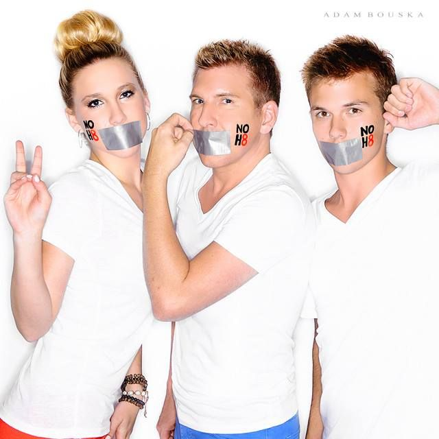 "NO H8 Campaign - ""Thanks for allowing my kids the honor of showing that love has no boundaries. #NOH8"" - Chrisley Knows Best on USA patriarch Todd Chrisley on supporting equality alongside daughter Savannah Chrisley and son Chase Chrisley. - See more: https://www.facebook.com/noh8campaign/photos/a.113292212837.98471.88890737837/10152701952902838/?type=1&permPage=1"