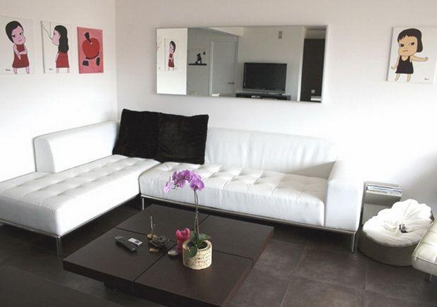 Minimalist Living Room Decor: 1000+ Ideas About Minimalist Living Rooms On Pinterest
