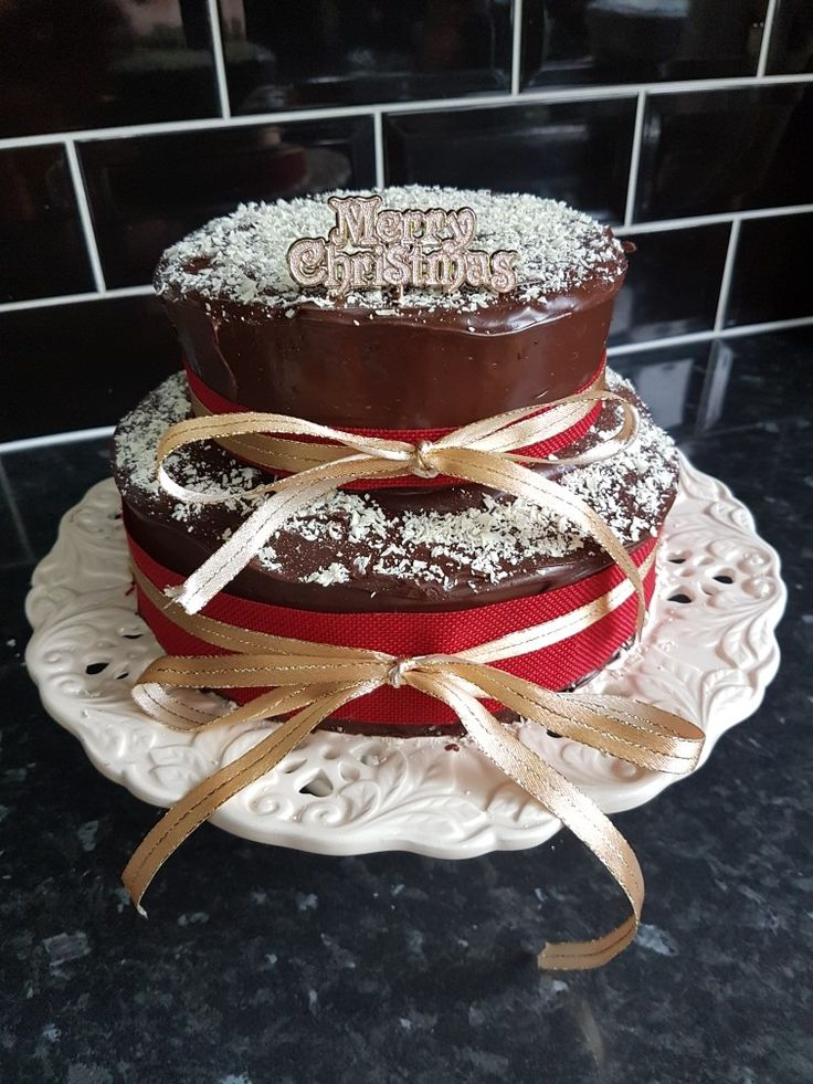 Rich chocolate cake for Christmas  ( husband very upset as done lovely fruit cake for everyone else lol)