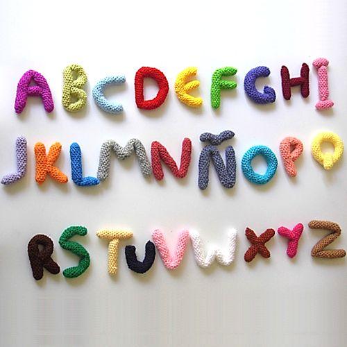 Patrones Amigurumi: Letras amigurumi ✿⊱╮Teresa Restegui http://www.pinterest.com/teretegui/✿⊱╮