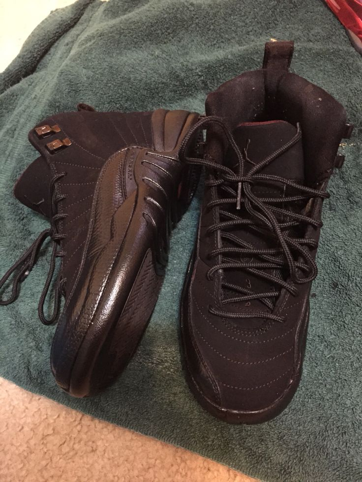 Custom all black 12s
