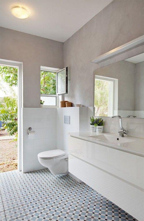 אריחים לבנים פשוטים וטיח אפור אקרילי | צילום: בועז לביא
