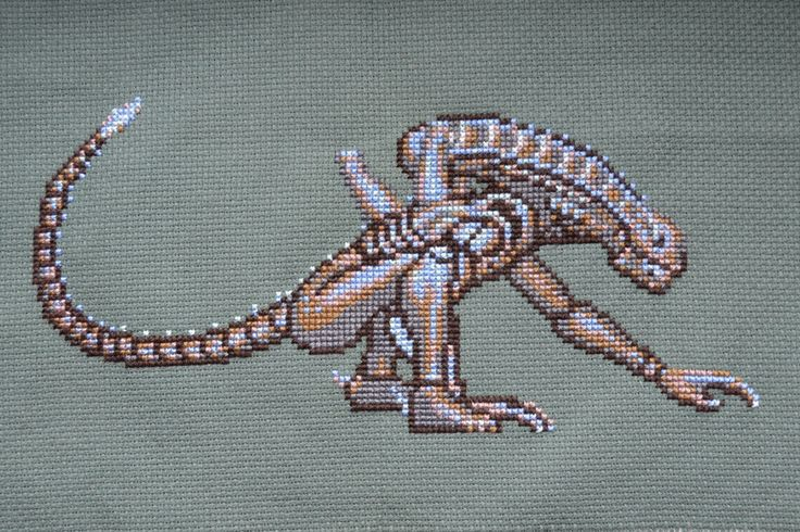 Xenomorph Knitting Pattern : 239 best images about Xenomorphs ? on Pinterest Alien ...