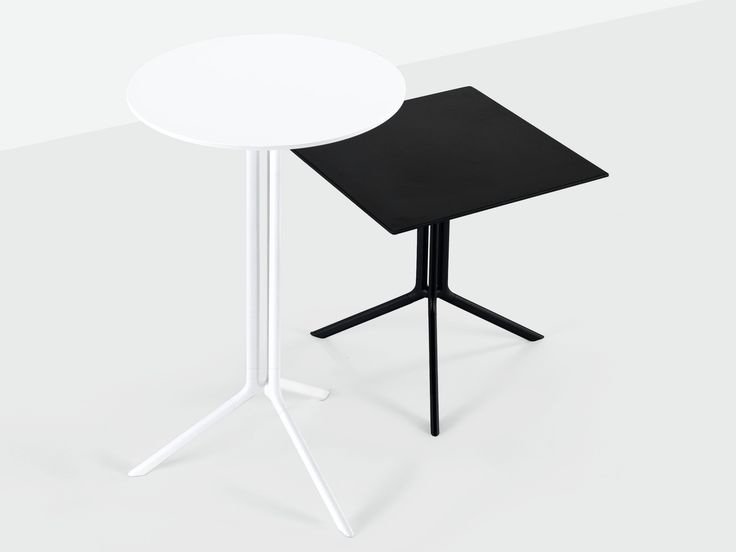 Folding round coffee table POULE Tavoli pieghevoli Collection by Kristalia | design Patrick Norguet