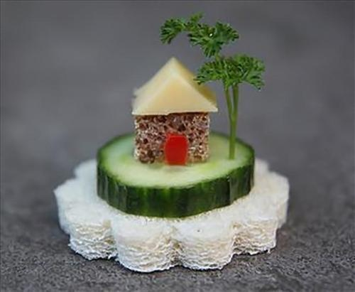 Funny food piece for kids. Or for the architectural side in you!