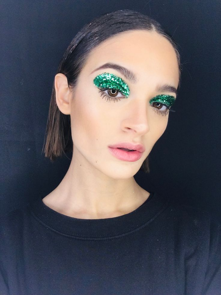 Slytherin, Eye Makeup, Make Up, Photo And Video, Eyes, Accessories, Instagram, Makeup Eyes, Slytherin House