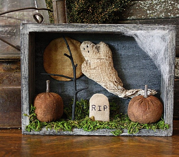 Rock River Stitches: Primitive Halloween Shadow Box ~ very sweet!
