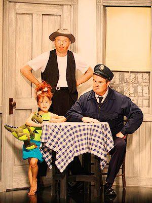 mine Modern Family Ty Burrell Julie Bowen Ariel Winter Sarah ...