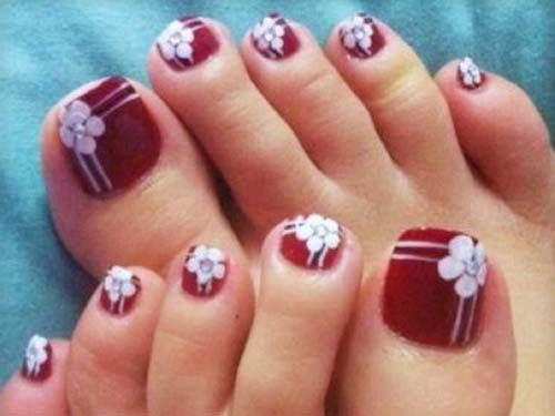Toe Nails Design with Flower Motive