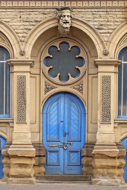 Batley, West Yorkshire, England door