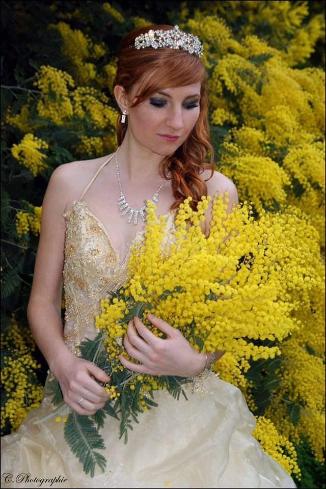#girl #woman #women #fille #femme #lady #redhair #red #hair #rousse #rouquine #modele #mode #fashion #dress #pretty #sexy #photography #photographie #picture #mimosas #cannes #paca #princesse #dress #robe #diadème #crown