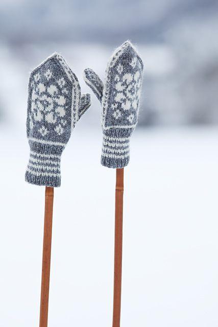 Norwegian mittens <3