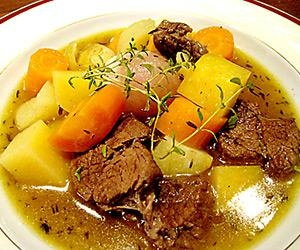 Lihakeitto - Pot au feu | Reseptitaivas - meat soup with root vegetables