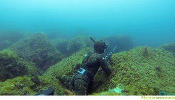 plongeur2 bastox - Consultez les plaquettes usage pêche en mer , conseils plongée , matériel, prévisions météo..;http://www.calanques-parcnational.fr/fr/a-la-decouverte-du-parc/visiter-en-mer